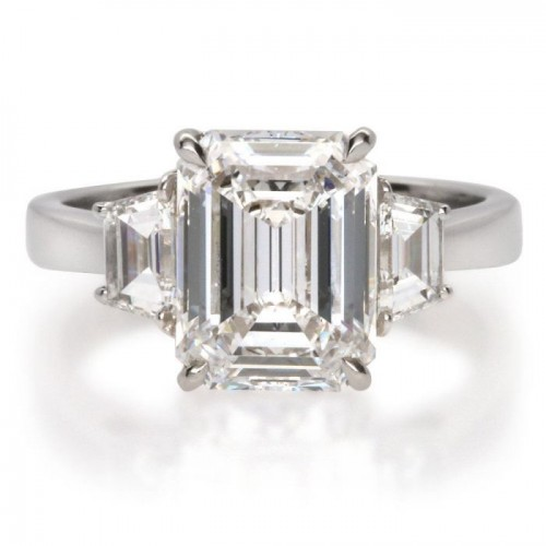 Emerald and Trapezoid Diamond Ring